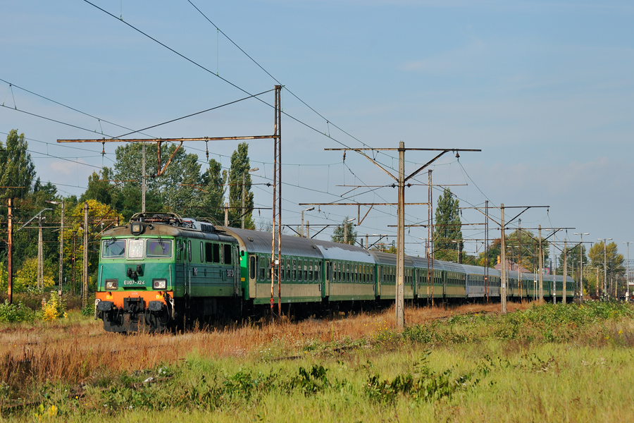 EU07-324 [PKP InterCity]