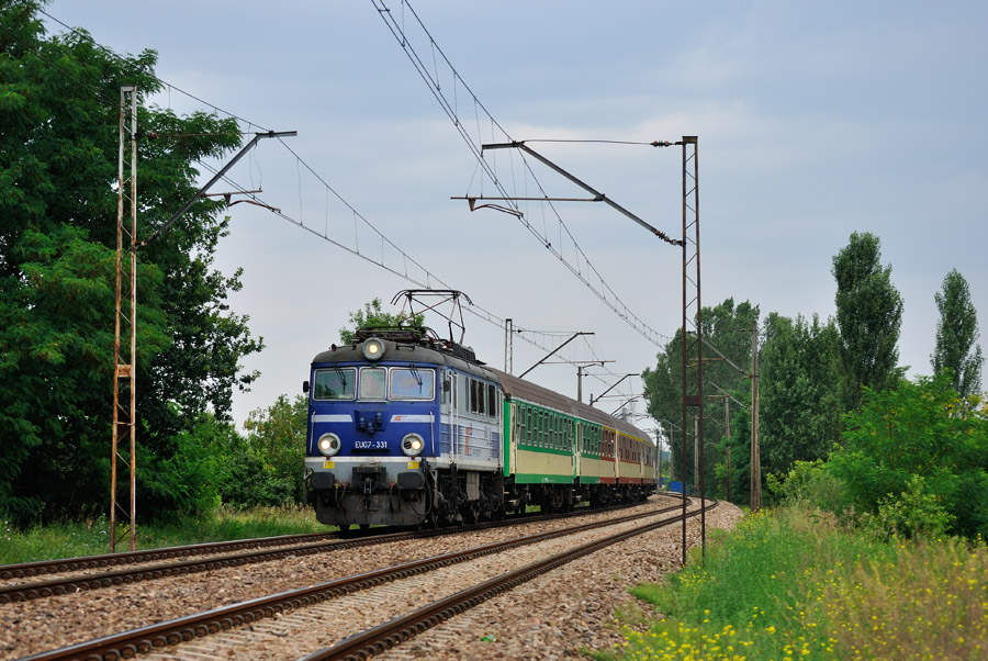 EU07-331 [PKP InterCity]