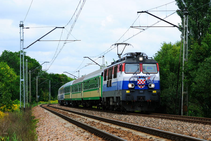 EP09-020 [PKP InterCity]