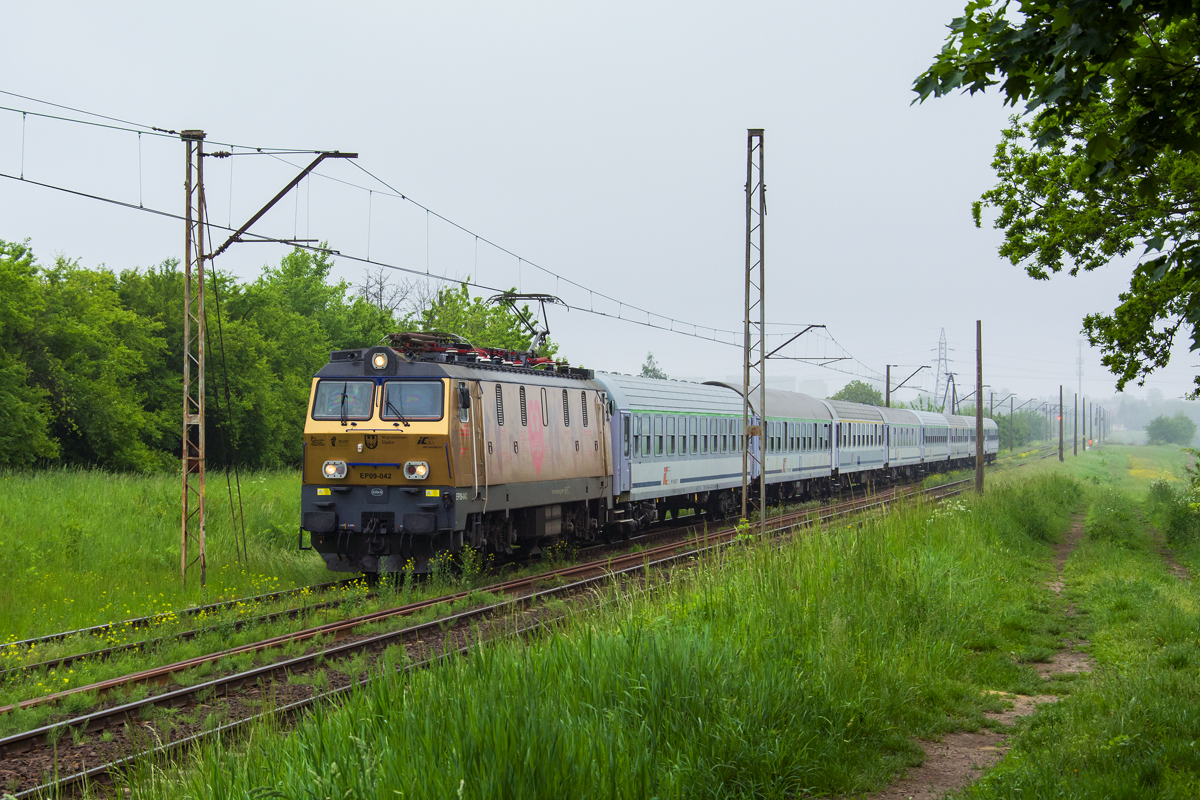 EP09-042 [PKP InterCity]